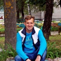 Воспитанный, высокий, симпатичный парень, ищу веселую, симпатичную девушку в Кирове